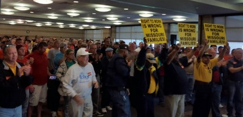 Sept. 12 rally against overturning right-to-work veto is attended by hundreds of union members.